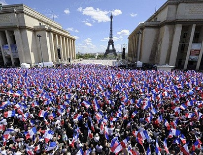 1er mai :meeting de Nicolas Sarkozy au Trocad&#233;ro