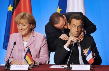 Berlusconi encourage Sarkozy 2011